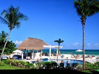 Oceanfront with pool 2 bedroom in Xaman Ha (XH7005), Playa del Carmen
