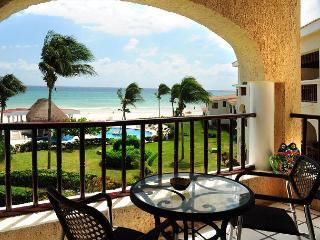 Oceanfront with pool 2 bedroom in Xaman Ha (Xh7114), Playa del Carmen