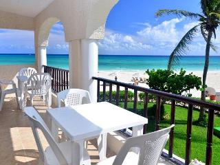 End cap unit! Oceanfront 3 bedroom in Xaman Ha (XH7123)
