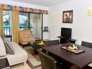Oceanfront with pool 1 bedroom in Xaman Ha (7116), Playa del Carmen