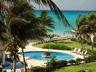 3 Bedroom True Oceanfront Xaman Ha (7214), Playa del Carmen
