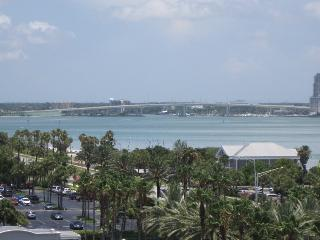 Great Beach & Intercostal Views - Oceanside, Clearwater