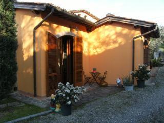 Bilocale Indipendente Stile Rustico Toscano, San Miniato