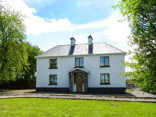 CAMMAGH COTTAGE, detached farmhouse, woodburner, en-suites, football table, near