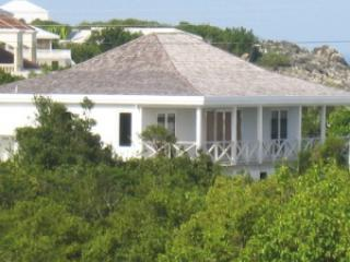 Beautiful villa with ocean view and terrace, vacation rental in Little Harbour