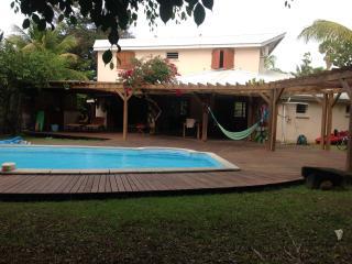 Villa d'architecte, familiale, piscine, plage, Sainte Rose