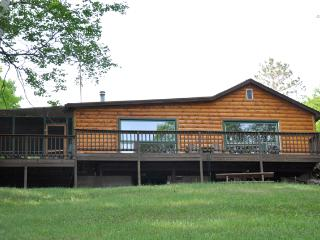 Lakeview Lodge on Squaw Lake, Lac du Flambeau