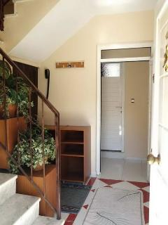 FRONT DOOR WAY TO UPSTAIRS