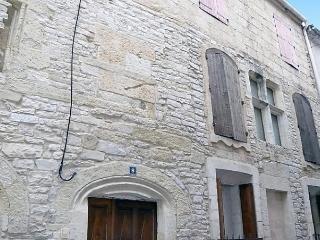 Belles Pierres, Nîmes