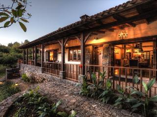 Casa Mariposa San Sebastian Del Oeste Rustic Cabin