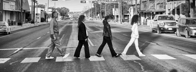 The ilntersection by the beautiful Coryell Courthouse, recreating the Beatles pic at Abbey Row.