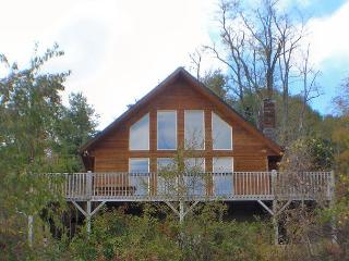 'ABOVE IT ALL' Majestic Panoramic Breathtaking Views!  Low May Rates!, Grassy Creek