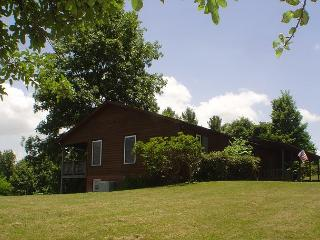 Elegant Home W/Views, Bubbling Hot Tub, Pool Table & WiFi! MLK Weekend Avail!, Jefferson ouest