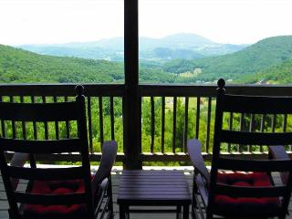 Enjoy Long Range Mountain Autumn Views, WiFi, & Foosball From This Log Cabin!