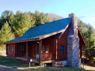 Log Cabin Near New River W/WiFi  & Pool Table!  AVAILABLE FOR EASTER 2018!