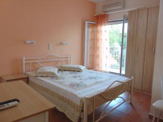 Seaside Seaview Studio Near the Beach for 2, Paleokastritsa