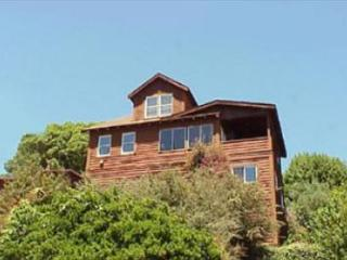 Early Stinson Beach vintage home from 1906.
