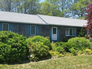 Mid-Cape Near CRAIGVILLE BEACH ! Central A/C ! 80220