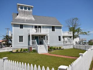 1528 Yacht Ave 41969, Cape May