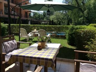 Lovely apartment with swimming pool, Sofía