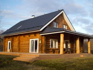 Humala Holiday Home with sauna and hot tub