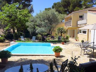 Sanary s/Mer Var, Nice villa 7p. private pool, 5 min from the beach, Sanary-sur-Mer