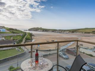 Porth Beach Penthouse