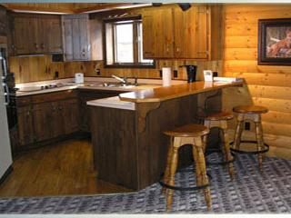 Cabin 11 - Glacier Wilderness Resort, West Glacier