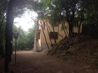 Casa vacanze monteluco, Monteluco