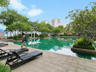 Home-Suites – Wonderful Suite at Marina, Penang