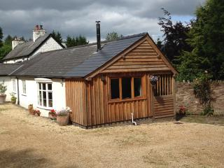 The exterior of Woodpecker Annexe