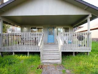 CABIN AT THE BEACH~MCA# 1263~Family home that's walking to the beach and town