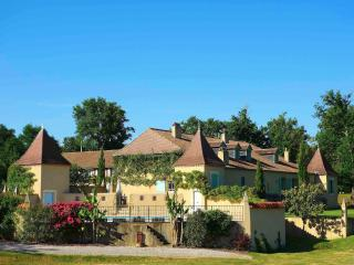 Large country house near Marciac and its summer Jazz Festival