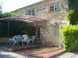 L'Atelier our spacious gite in rural location, Montaut