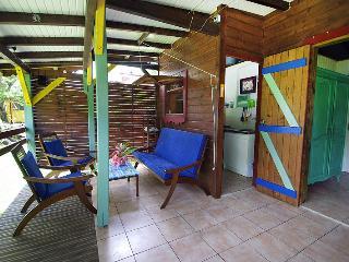 Terrasse du bungaw GWAN THAZAR 2 chambres 1 salon 5 couchages