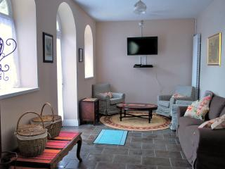 Reception/Ground floor living room