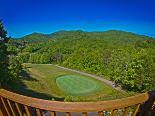 Golfers Paradise in Smoky Mountain Country Club, Whittier