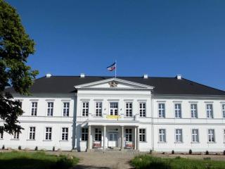 Gutshaus Groß Helle, Neubrandenburg