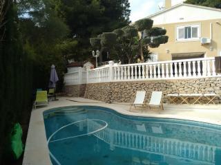 Chalet con piscina y spa exterior climatizado, Benicásim