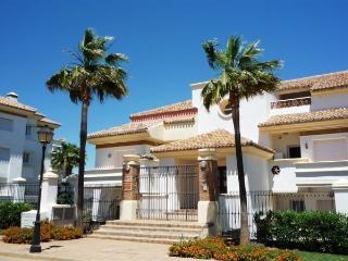 3 bedroom La Cala Golf private exclusive apartment, La Cala de Mijas
