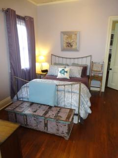 Back bedroom (master bedroom) with Queen size bed