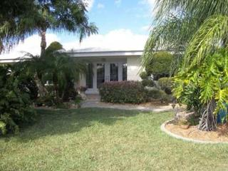 Beautiful Punta Gorda Isle home