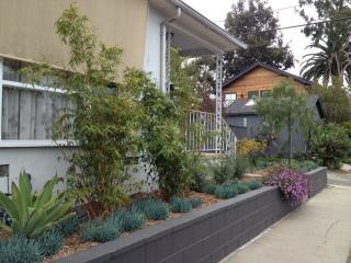 Silicon Beach/Venice 2bd house/duplex - the best for location, comfort & privacy