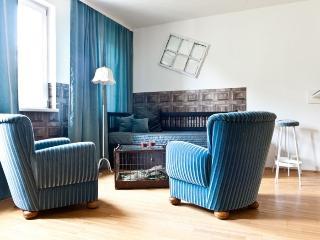 Larogy's Home - 013207, Vienna