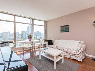 Luxury 2BD 2BA Downtown Vancouver
