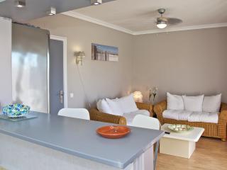 Modern appartement tussen stad en strand, Faro