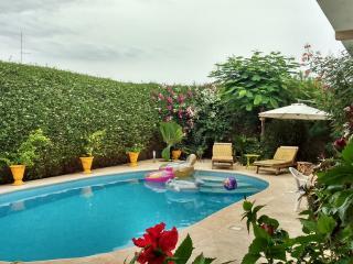 Jammu Africa Villa avec Piscine et gardien, Somone