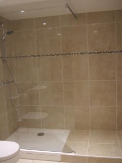 La Grange - Downstairs family shower room