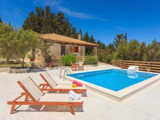 Christina House - Two Bedroom House Private Pool, Vasilikos