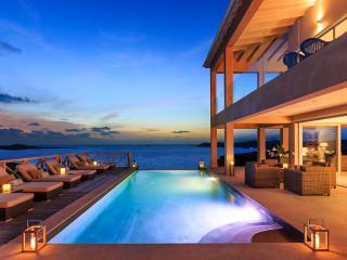 Luxury Villa-Private Pool & Staffed - Ocean Views, Antigua